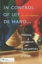In control of uit de hand...